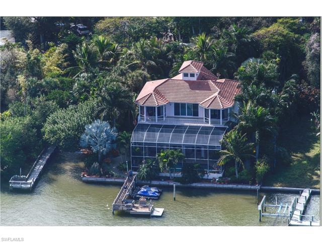 Investment Property Listing photo of 189 Coconut Dr, Fort Myers Beach, FL 33931. Copyright by the original media creators. Check out this listing on https://european-atlantic.com to see all property information. Do not re-distribute, re-use or hotlink any images used in our investment real estate listings. Images will be removed immediately after property is sold or off-market.